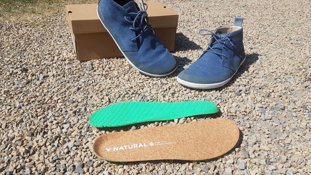 Der Vivobarefoot Gobi II Eco kommt mit einer Einlegesohle. Ich empfehle den Schuh ohne zu tragen.
